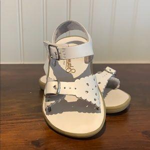 Like New! White sandals